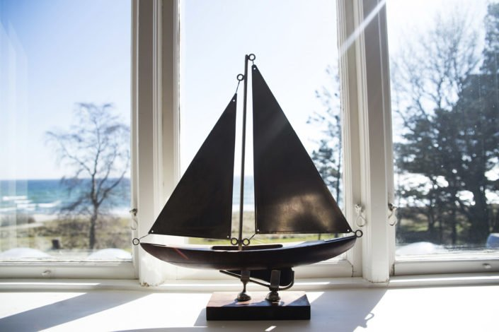 Fönster med havsutsikt